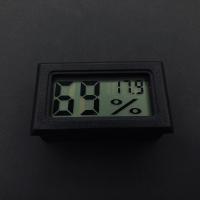Термометр-гигрометр — фото